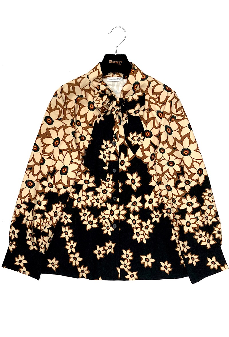 3a62cb0c Blomster skjorte - Liva K